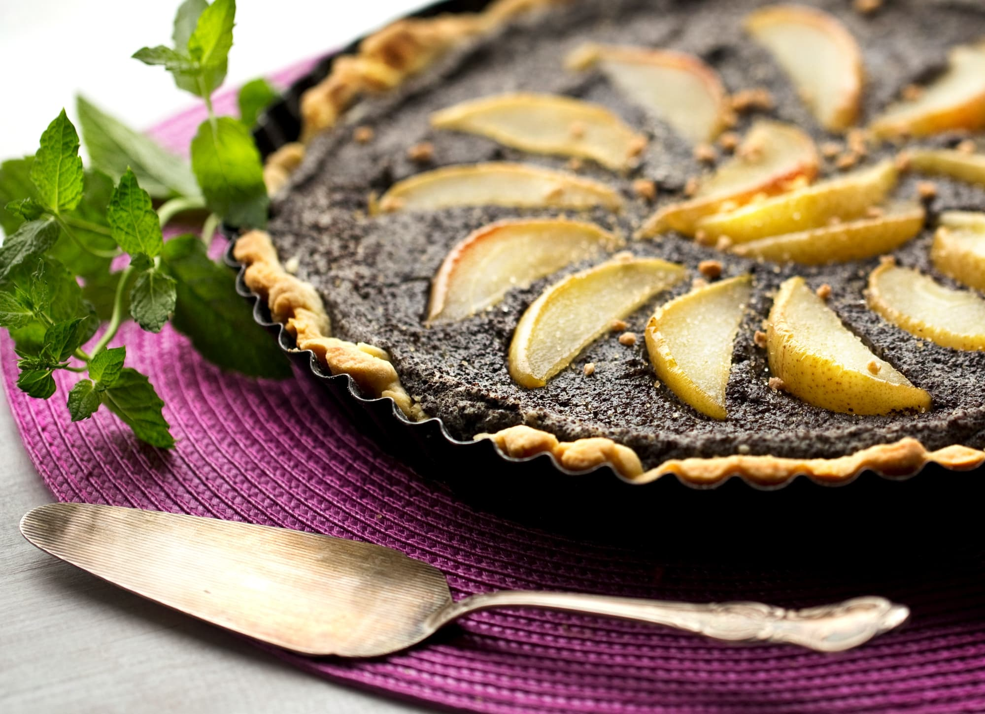 POPPY-SEED CAKE WITH PEARS