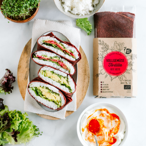 Vegan beet sushi sandwich with fermented vegetables