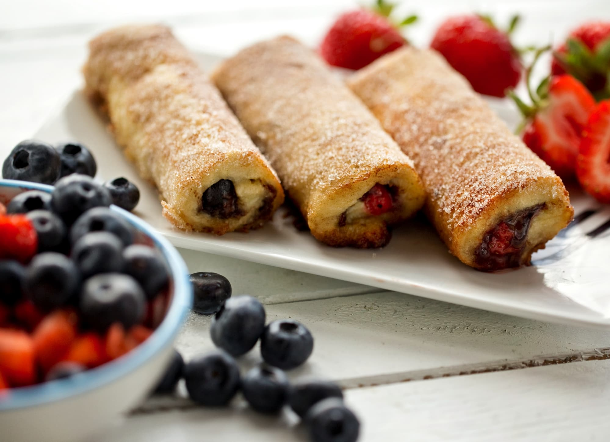 FRENCH TOAST CHOCO ROLLS WITH BERRIES